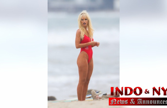 Lily James stuns in Famous red'Baywatch' Buttocks as Pamela Anderson to Get TV Collection