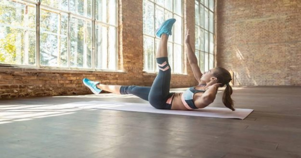 45 minutes with Pamela Reif: This HIIT abs Workout burns