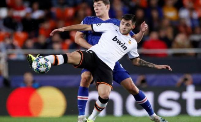 Daniel Wass-scoring ensures Valencia a draw against Chelsea