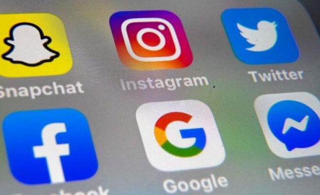 Instagram and Facebook were down