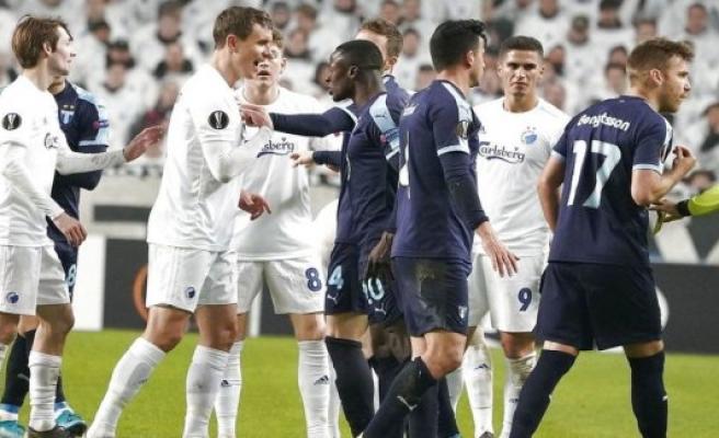 B. T. s fodboldredaktør: Miserable FCK in the world's most sad party