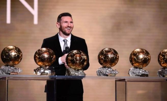 Fodboldeksperter: Messi has put Ronaldo in the prisdyst