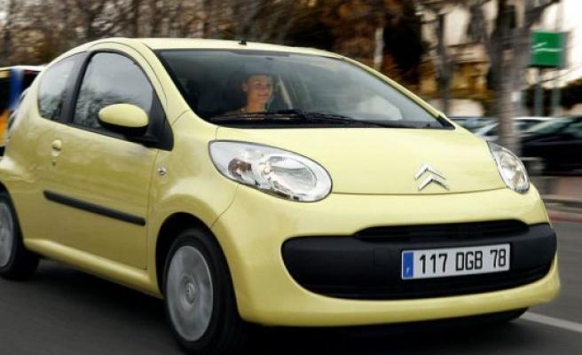 Price war in the car market pushing prices down