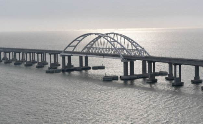 Putin inaugurates rekordlang railway bridge to the Crimea