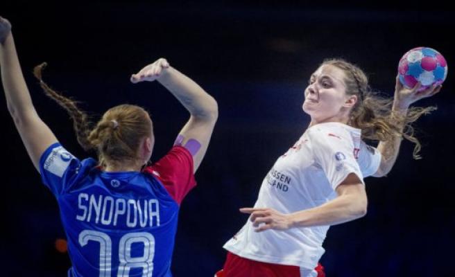 Russian håndboldkvinder stormer in the WORLD cup semi-final