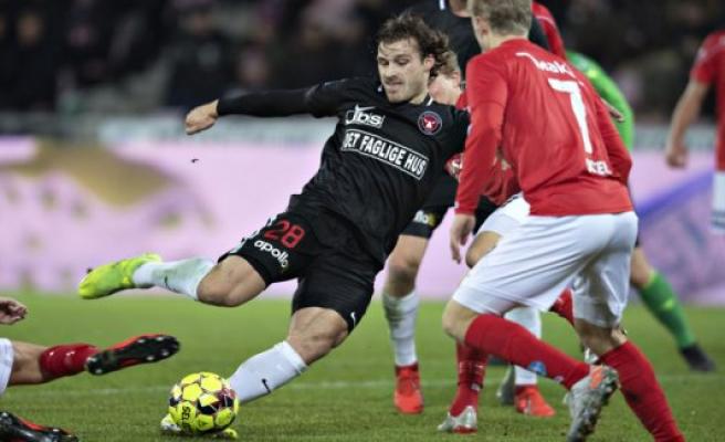 Silkeborg, denmark-play: Jerndefensiv ensure FCM gold