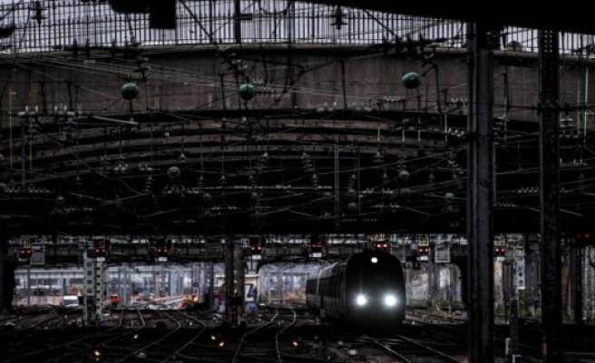 Strike destroyers of juletrafikken in France
