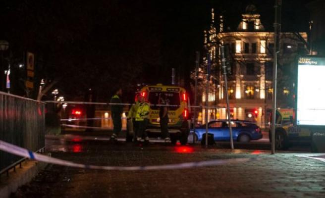 Two men skuddræbt in front of nightclub: 'It looked as if he had been shot in the head'
