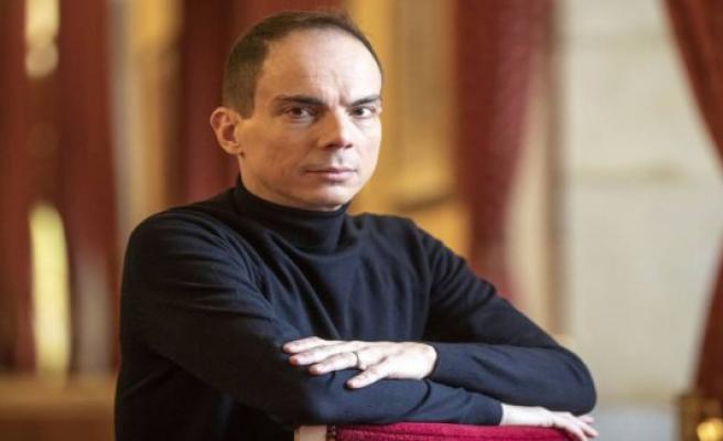 Alberto Conejero, the pull of the books of theatre