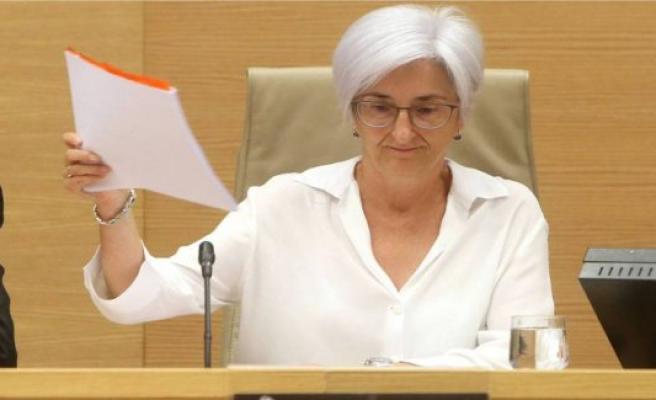 The BOE publishes the cessation of María José Segarra as attorney general