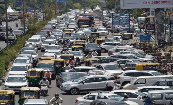 1.3 billion awakening from Lockdown: India's Corona-bet is a huge risk