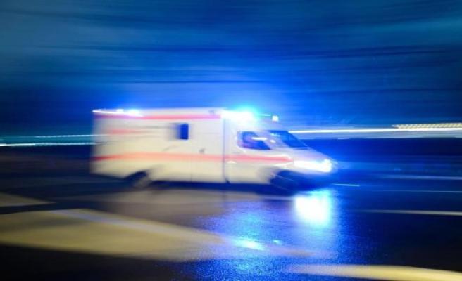 Bad Oeynhausen: car hits two cyclists