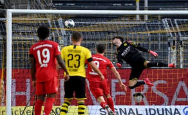 FC Bayern: Kimmichs wonder goal against BVB in the Video!   FC Bayern