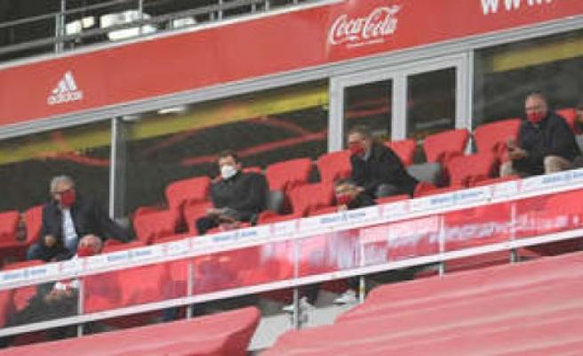 FC Bayern: mask-Fail at Rummenigge and Kahn network scoffs at FCB bosses | FC Bayern