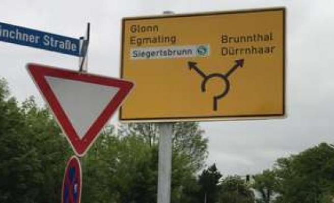 Höhenkirchen-Siegertsbrunn - Madness! Residents rebel against a traffic sign | Höhenkirchen-Siegertsbrunn