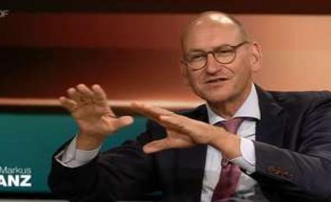 Markus Lanz (ZDF-Corona-Talk) is a guest downfield - throws Angela Merkel fairy tale in front of | politics
