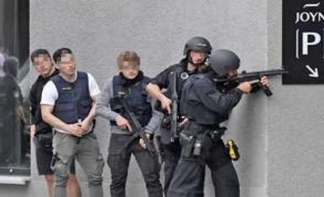 SEC-use in Munich: man with gun holds, officials in breath - beer garden, Au-Haidhausen evacuated |