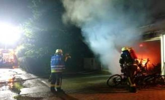 60 000 euros in damage at a garage fire in Weilheim | Weilheim