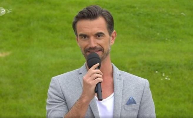 Andrea Kiewel submerged - Florian silver iron throws the ZDF television garden