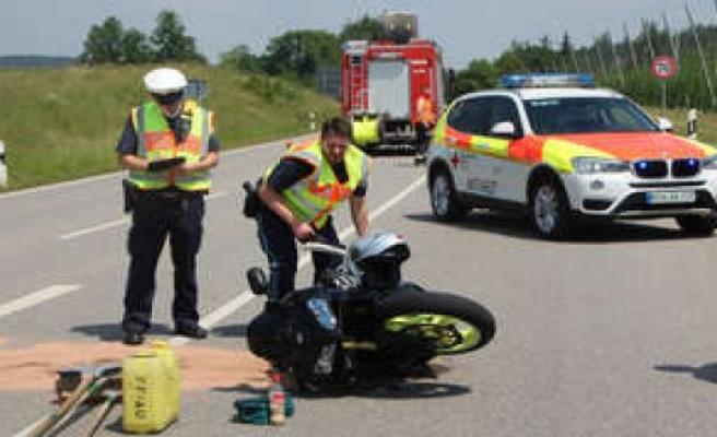 Au/Halertau motorcycle accident: Biker (59) injured in fall on B301 | Au/Hallertau