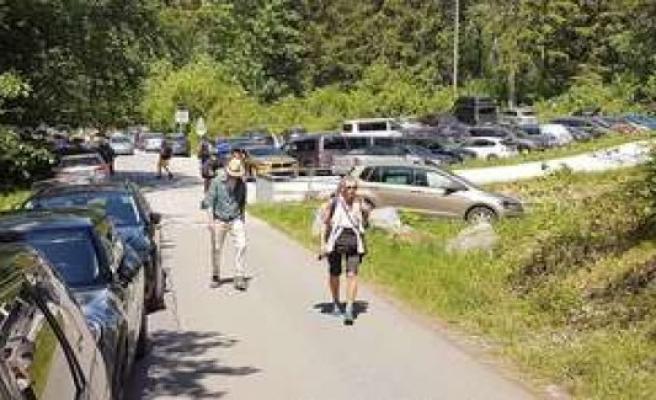 Bavaria: Corona changed a edge of the Alps-village - Suddenly mass tourism in Eschenlohe   Eschenlohe