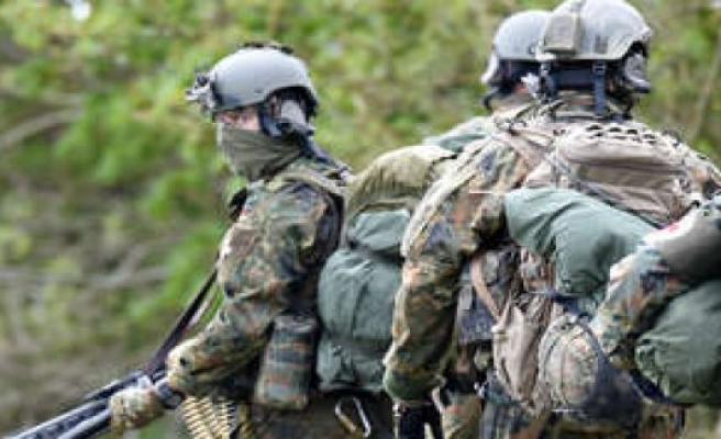 Bundeswehr: KSK is partially resolved: Kramp-Karrenbauer consequences | policy