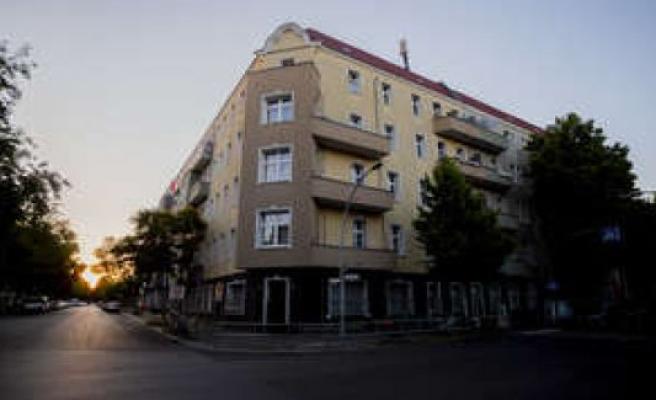 Corona/Germany: outbreak in Berlin: 370 households in quarantine - infected number is increasing | world