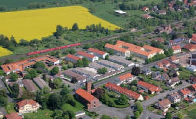 Corona-the outbreak in the border transit camp in Friedland (Göttingen district)   world