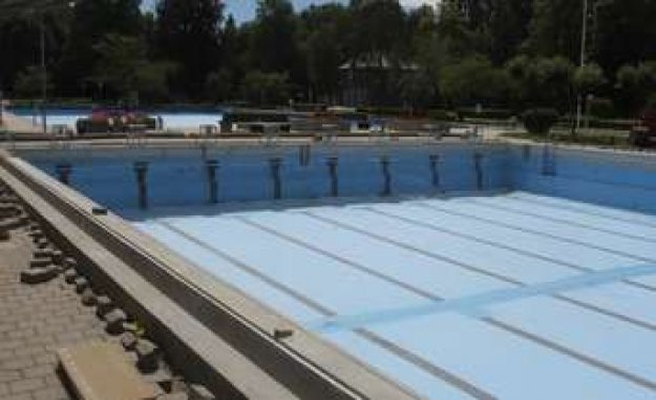 Dachau: city councils enforce swimming pool-Opening | Dachau