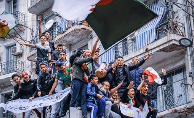 Diplomacy : lambassadeur algeria return to Paris - The Point