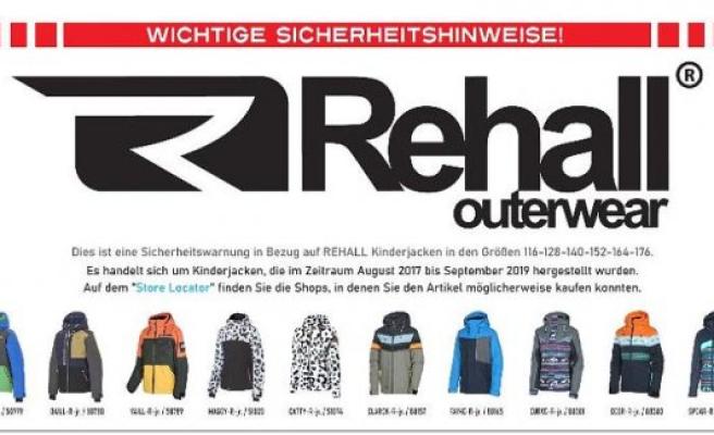 Due to strangulation hazard: outdoor brand various children calling back jackets