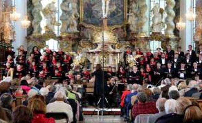 Furstenfeldbruck: choirs continue to be Silent fucking | Fürstenfeldbruck