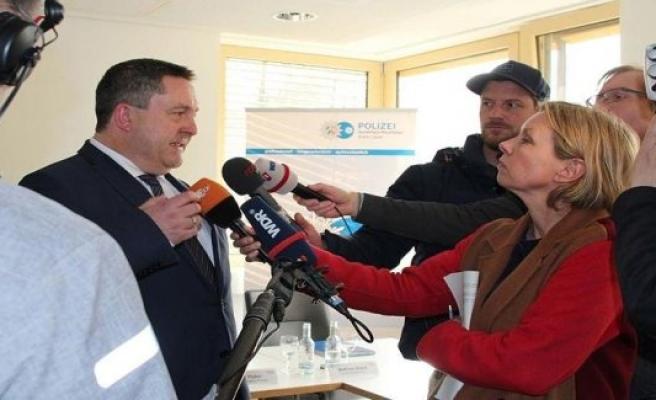 Hameln, Germany: Grand coalition in lip broken