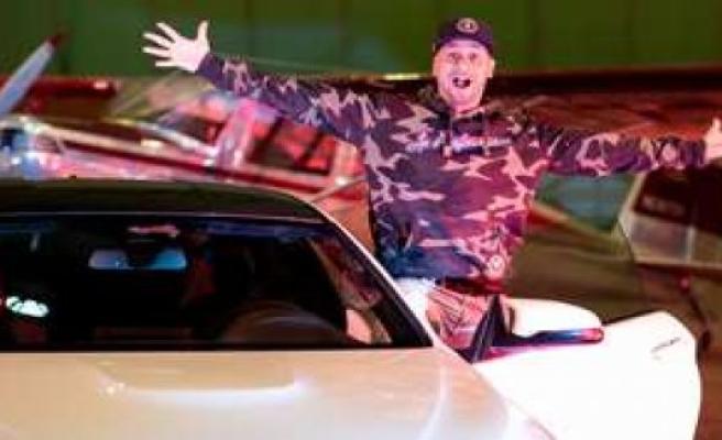 JP Kraemer: Grip-Moderator hurtling through the town of Lennestadt (North Rhine-Westphalia) - YouTube Video shows the incident   Boulevard