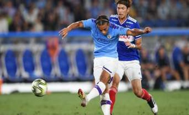 Leroy Sané: Transfer to FC Bayern Munich hooks on a Detail | FC Bayern