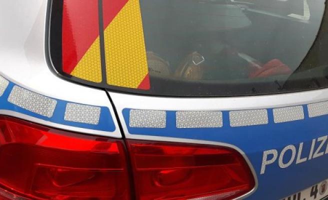 Police Department In Neumünster: Pdnms Neumünster: The Pursuit Of Travel