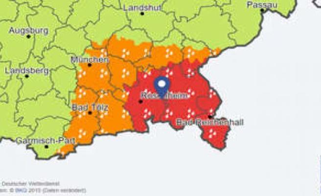 Severe weather warning for Bayern: Red alert in several districts - flood-danger! | Bavaria
