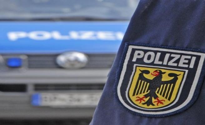 State police inspection Suhl: excavator bucket stolen