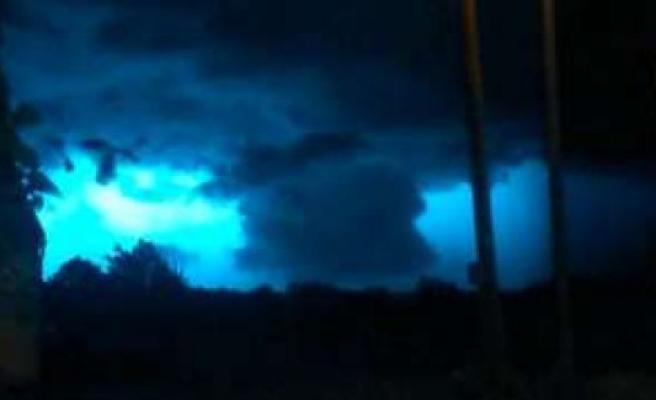 Tornado near Munich? Rosenheimer films strange weather phenomenon experts surprised   Ebersberger Land