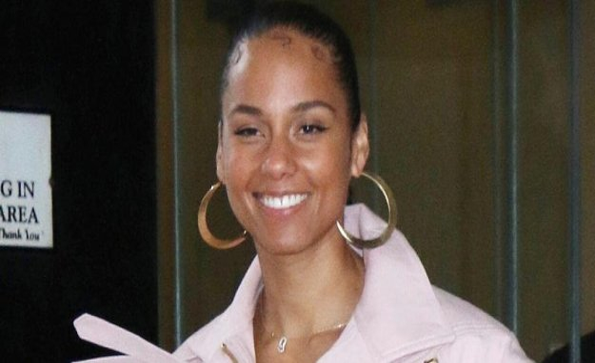 Alicia Keys shows their crass luxury-Bude