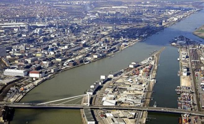 Bad Ems: Less freight to inland ports of Rhineland-Palatinate handled