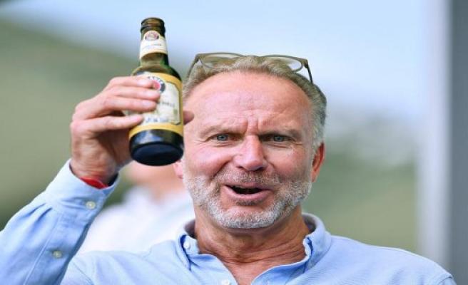 Bayern-Boss Rummenigge paints his own football world, motley