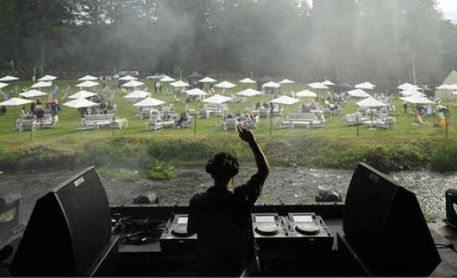 Covid-19 – new life DJ's : Saturday Night Evil - The Point