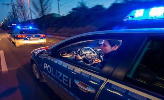 District police authority oberbergischer Kreis: Two injured in head-on collision in Breunfeld