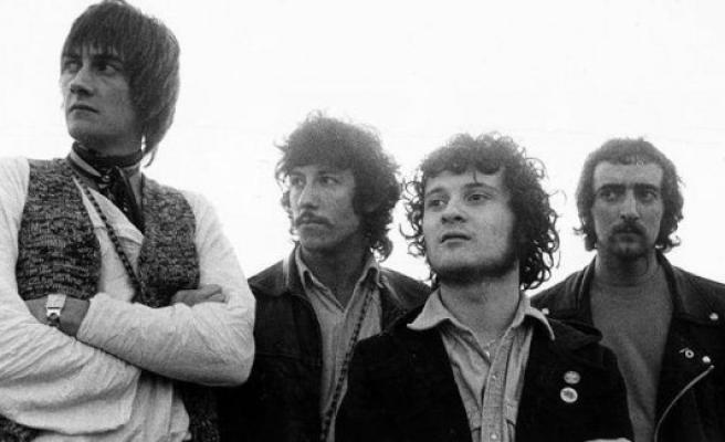 Fleetwood Mac co-founder Peter Green is dead