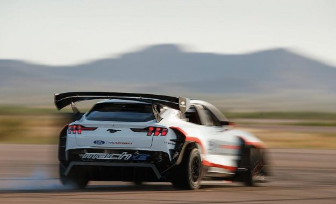 Megawatt-Drifter: Ford is bringing 1400 HP electric-racing-Mustang