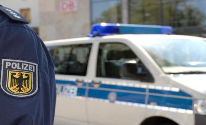Police inspection Völklingen: Re-brand Foundation (paper container) in Völklingen