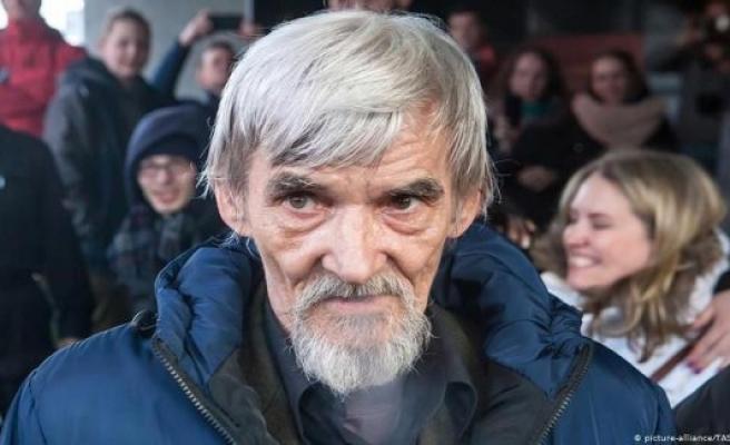 Russia: arrest for historian Yuri Dmitriev