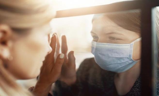 You made a mockery of the dead: The thinking Corona-Ill on Virus-skeptics