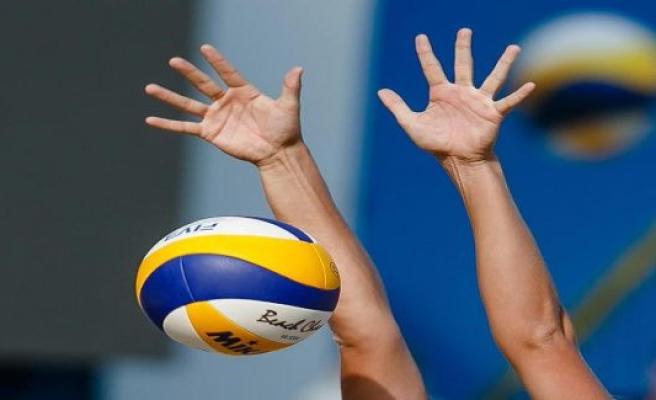 Bestensee: network hoppers: preparation of Volleyball-Bundesliga